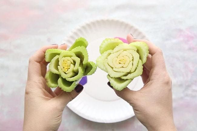 Spring Craft: Celery Stamped Napkins!