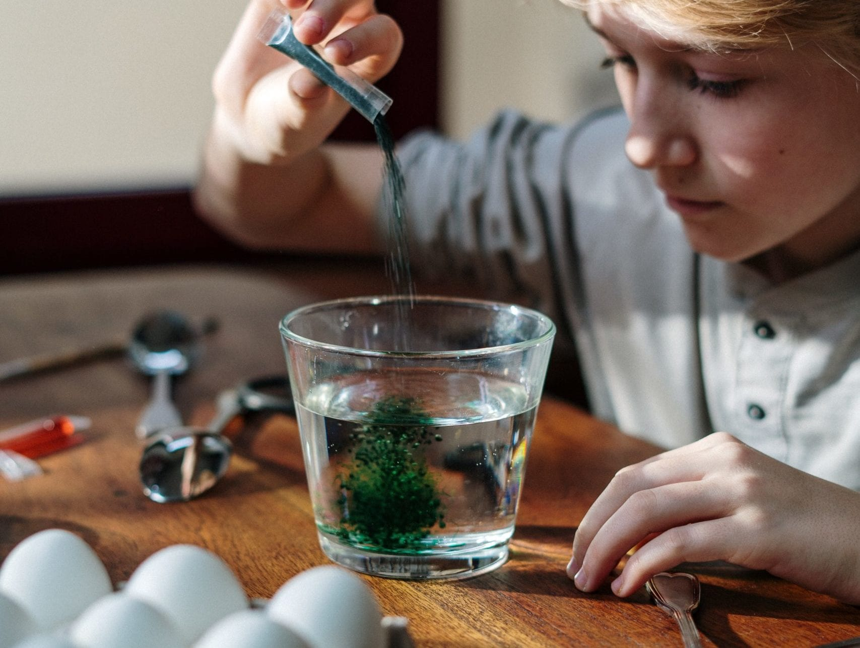 Hands-on Fun: Simple At-Home Experiments for Young Scientists!